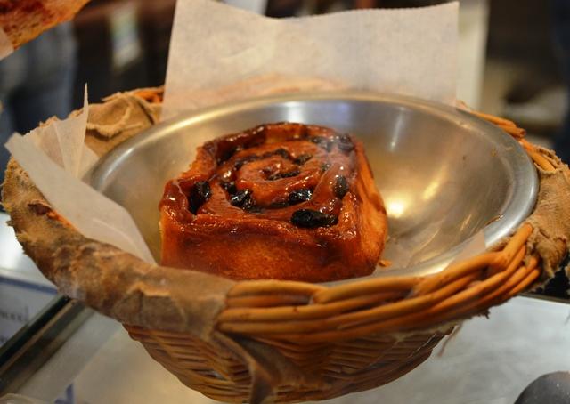 Levain Bakery Sticky Bun
