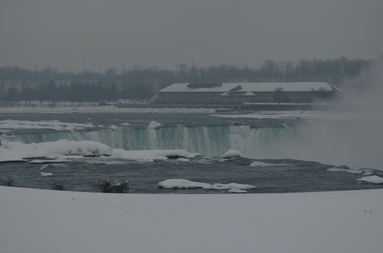 Horseshoe Falls Winter 2014