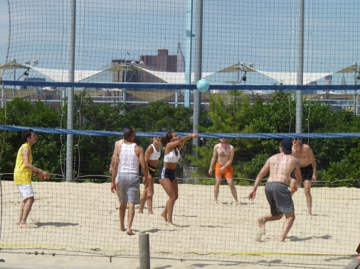 Volleyball Pier 6
