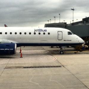 JetBlue Embraer