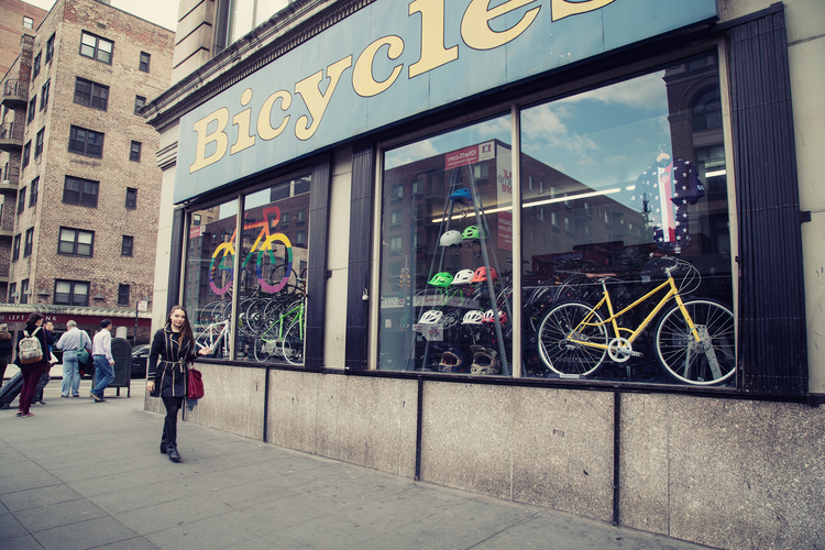 Bike shop to gather inner tubes for jewelry