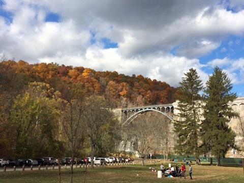 croton-gorge-dam-in-the-fall