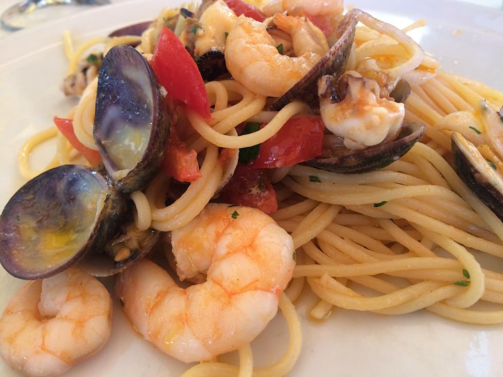 Spaghetti with Seafood in Puglia